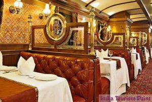 India Luxury Train Tourism Wallpaper