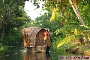 Kerala Backwaters Tourism Pic