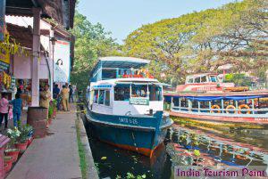 Kerala Backwaters Tourism Pics