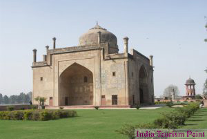 Taj Mahal Tour And Tourism Image